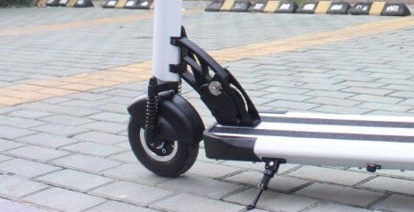 Inokim Speedway electric scooter folding mechanism