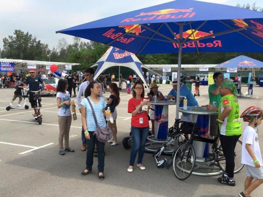 Red Bull tent with free red bull drinks